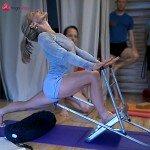 Carrie Owerko - sposób na intensywne rozciąganie nóg